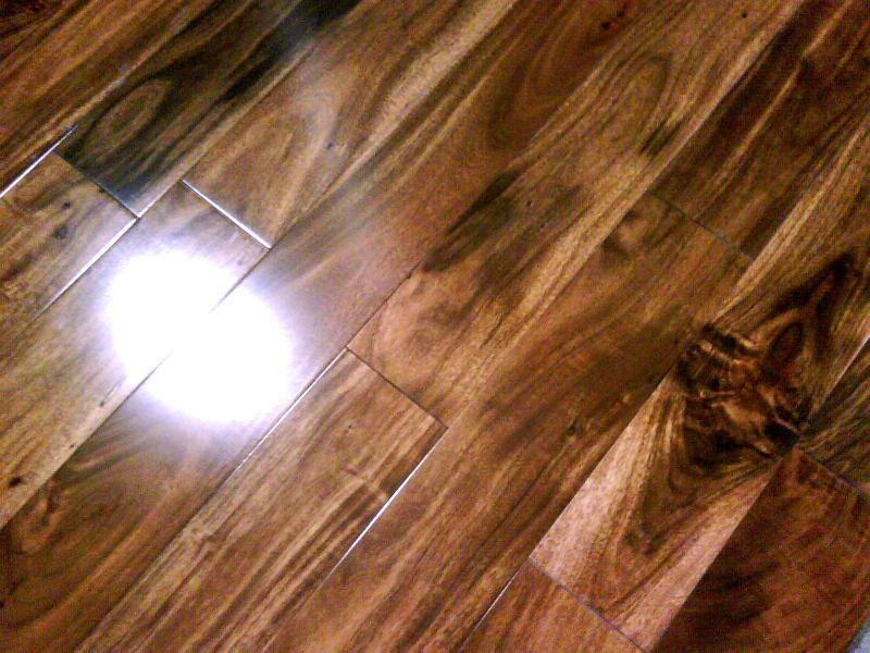 Laminate Flooring: Golden Select Laminate Flooring Brazilian Walnut